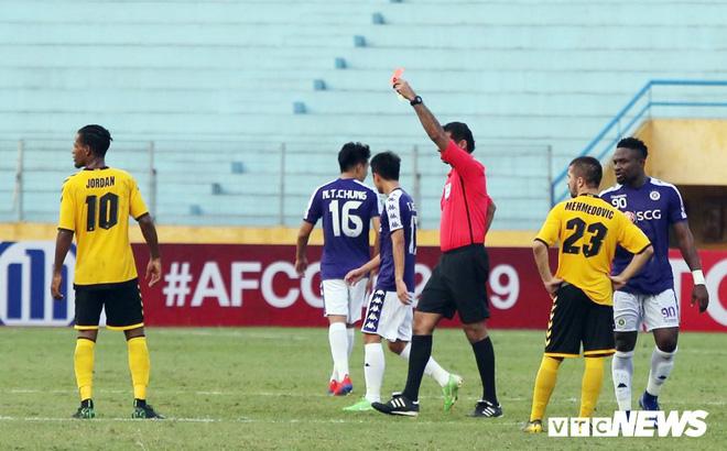 Hà Nội vượt vòng bảng, HLV Chu Đình Nghiêm vẫn có điều không hài lòng - Ảnh 2.