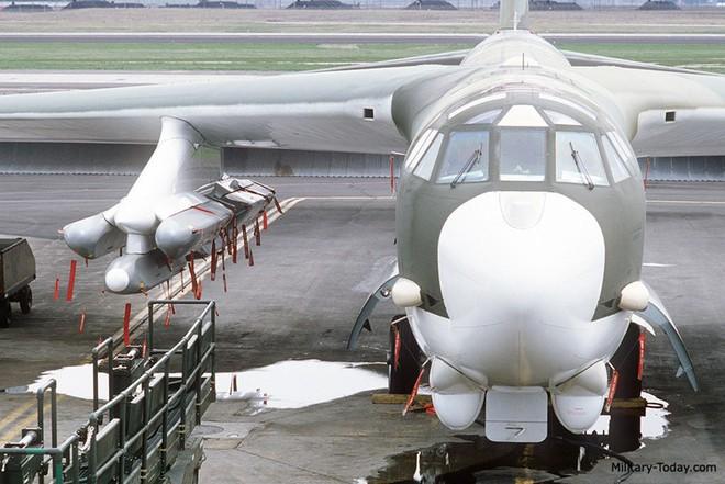 Uy lực của tên lửa AGM-86 được trang bị cho B-52 - ảnh 6