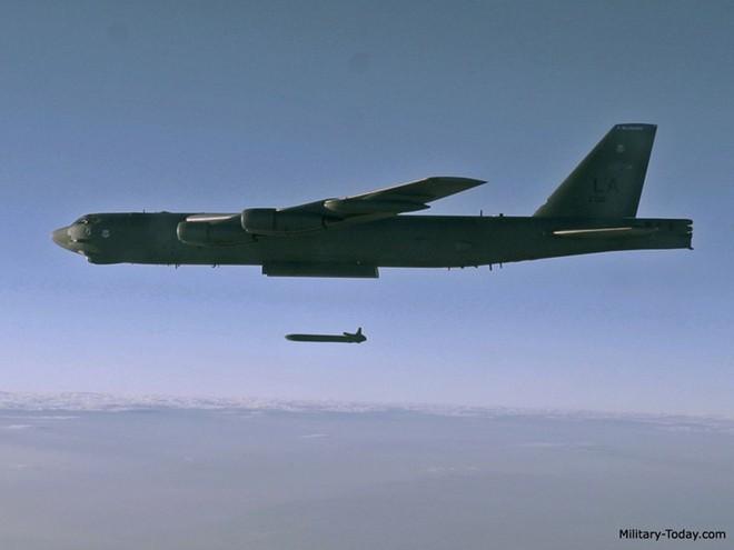Uy lực của tên lửa AGM-86 được trang bị cho B-52 - ảnh 8