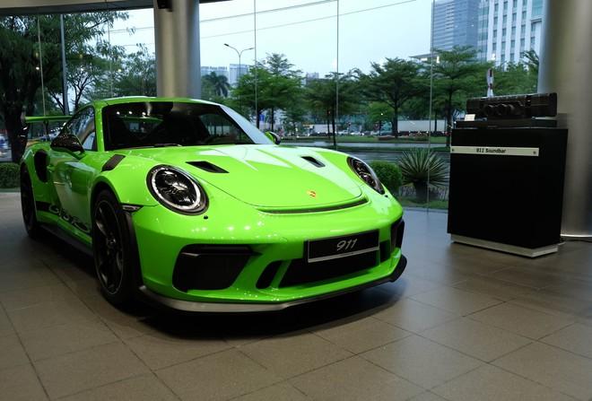 Cận cảnh Porsche 911 GT3 RS hàng hiếm, giá 14 tỷ đồng ở Hà Nội - Ảnh 2.