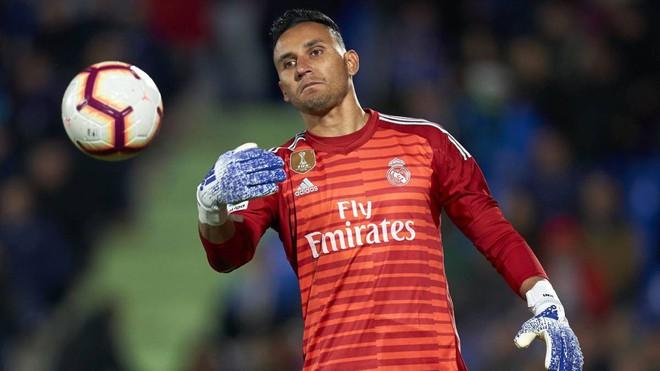 Man United và Real Madrid bất ngờ muốn chuyển nhượng thủ môn - Ảnh 1.