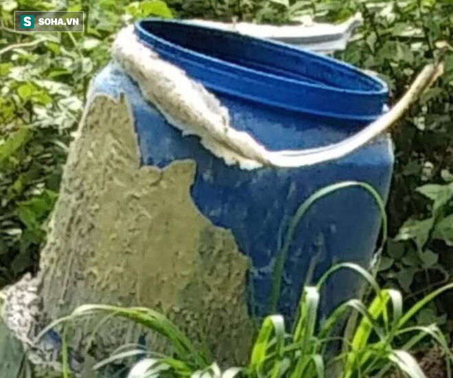 Hàng xóm nhận diện cặp khách trọ bí ẩn trước khi phát hiện 2 thi thể bị đổ bê tông giấu trong thùng nhựa - Ảnh 1.