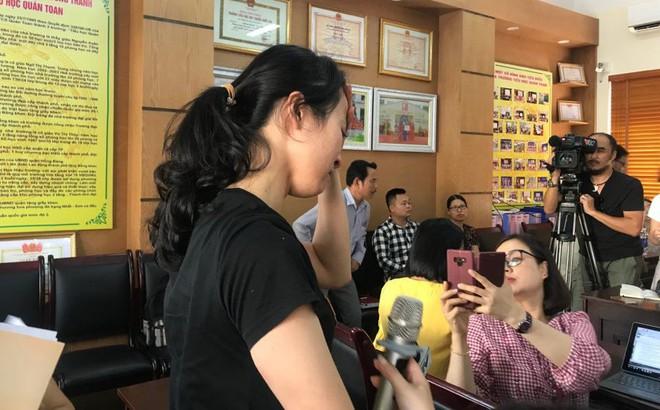 Nữ giáo viên đánh học sinh liên tiếp ở Hải Phòng bật khóc nói lời xin lỗi