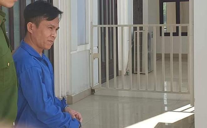 Hoãn phiên tòa xét xử kẻ giết, hiếp dâm nhân viên mát xa vì…giấy chứng nhận tâm thần