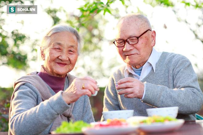 Nguyên tắc chỉ ăn no 80% của dân vùng sống thọ nhất Nhật Bản: Dễ áp dụng lại rất tốt - Ảnh 1.