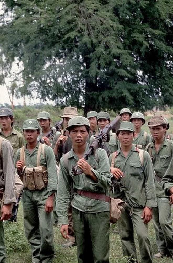 Cơn khát chết người của quân tình nguyện Việt Nam trước trận tập kích hang ổ Pailin tiêu diệt đầu sỏ Polpot - ảnh 7
