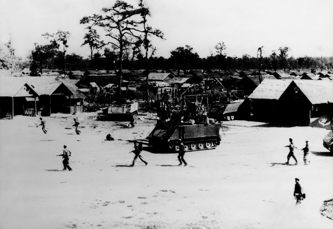 Cơn khát chết người của quân tình nguyện Việt Nam trước trận tập kích hang ổ Pailin tiêu diệt đầu sỏ Polpot - ảnh 12