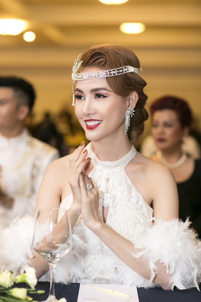 Phan Thị Mơ đeo nhẫn kim cương 5,5 tỷ đồng, lên tiếng trước tin đồn sắp lấy chồng đại gia - Ảnh 7.