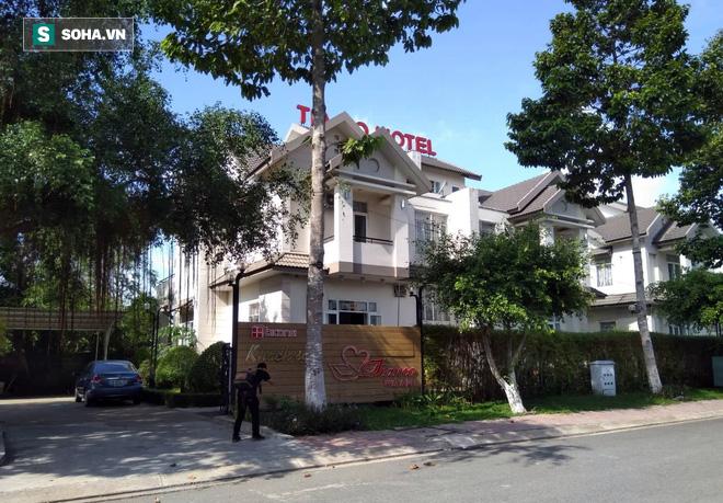 Vụ 2 thi thể đúc bê tông: Công an phóng tỏa kiểm tra khách sạn nhóm nữ nghi phạm lưu trú - ảnh 1