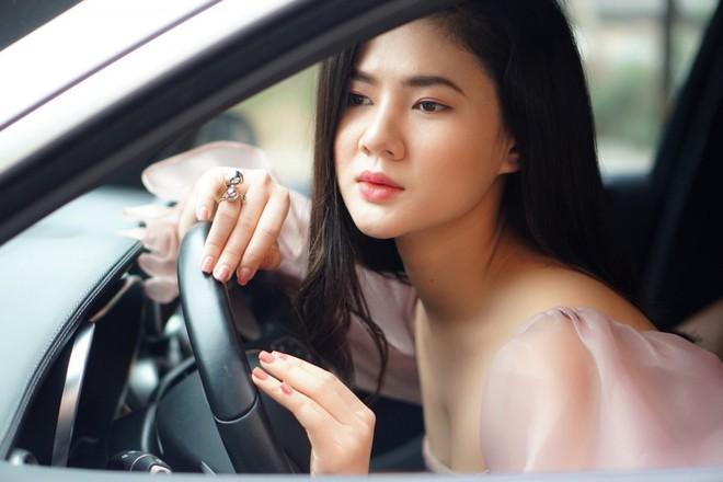 Nhập vai mẹ kế quá đạt, người đẹp Quảng Ninh tá hỏa khi bị người lạ vào dọa đánh, chửi rủa - ảnh 1