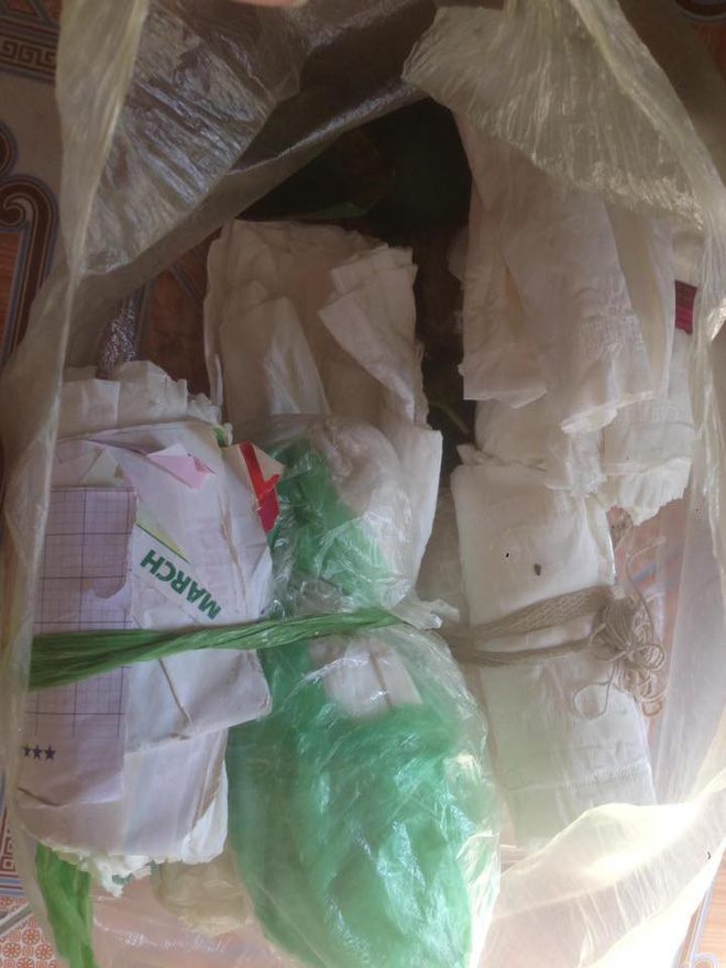 Những túi rác chứa đựng bí mật giấu bên trong khiến người ta xúc động - ảnh 1