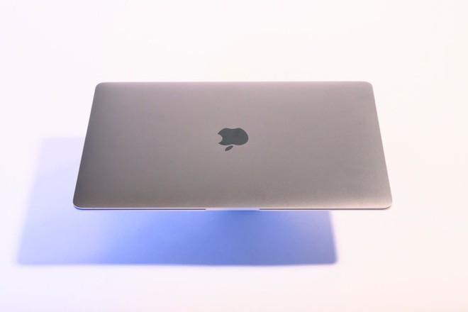 24 tiểu tiết nhỏ bé nhưng cho thấy sự cầu kỳ trong thiết kế đỉnh cao của Apple - Ảnh 18.