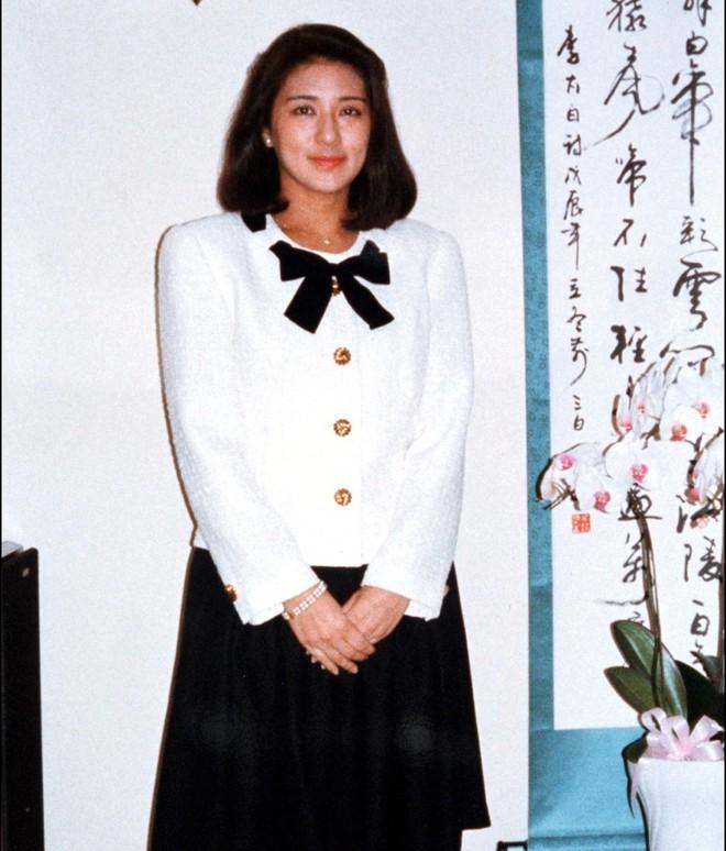 """Từ nhan sắc cho đến phong cách thời trang, Hoàng Hậu Masako Owada đều toát lên khí chất của""""mẫu nghi thiên hạ"""" - Ảnh 6."""