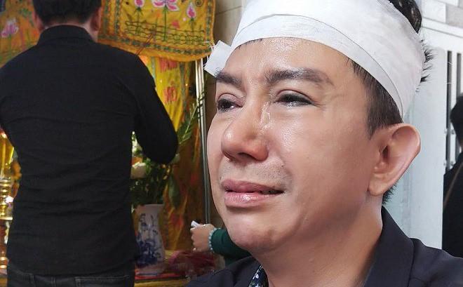 Long Nhật đội khăn tang, khóc nức nở, chia sẻ tâm nguyện cuối cùng của Vương Bảo Tuấn