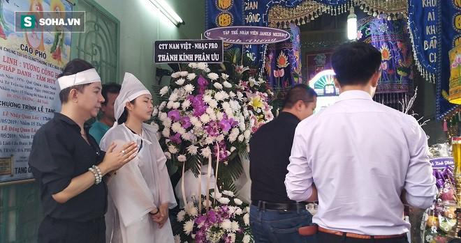 Long Nhật đội khăn tang, khóc nức nở, chia sẻ tâm nguyện cuối cùng của Vương Bảo Tuấn - Ảnh 4.