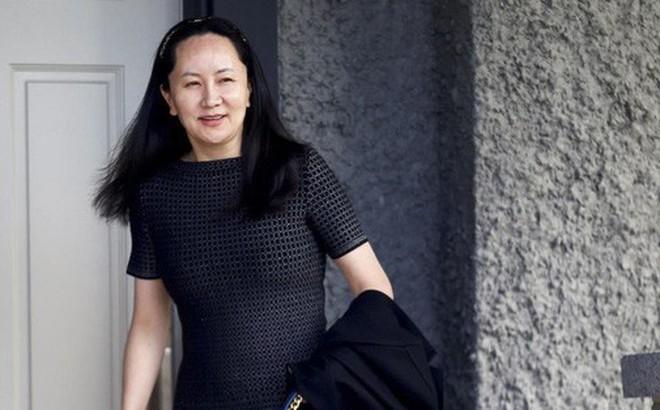 Cùng bị giam, công dân Trung Quốc sướng, tù nhân Canada khổ