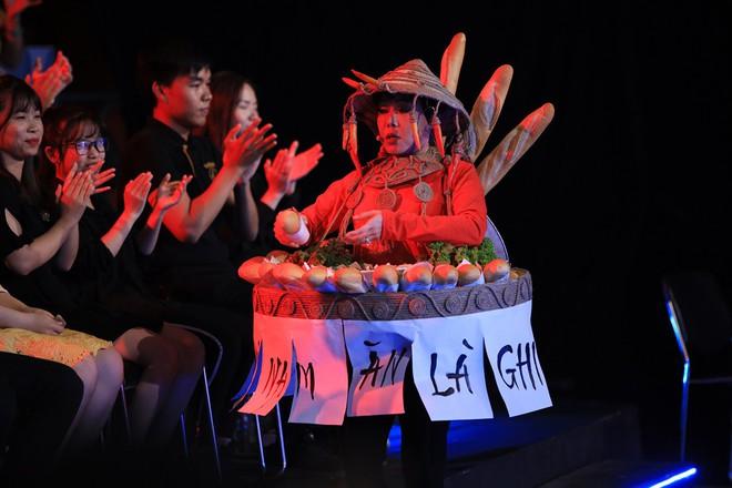 Trấn Thành thay thế Hoài Linh, nhường vị trí MC lại cho Trường Giang và phản ứng của khán giả  - Ảnh 5.