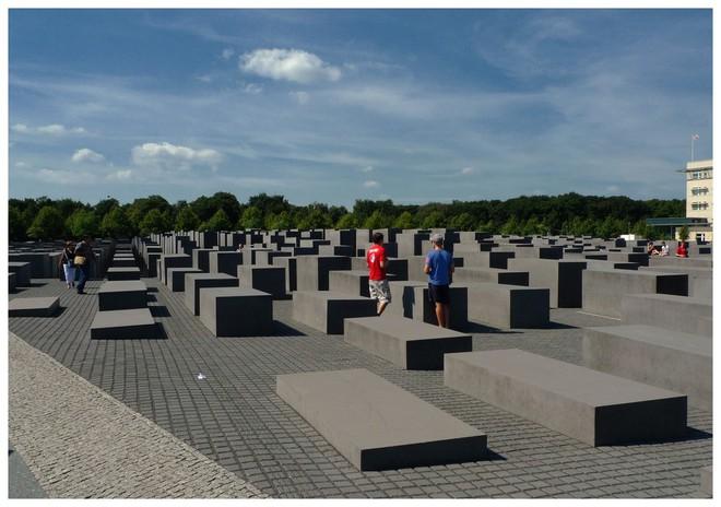 Lời hứa 200 năm bên cạnh phần mộ của Tổng thống Mỹ: Đủ sâu sắc để thức tỉnh tất cả chúng ta - Ảnh 3.