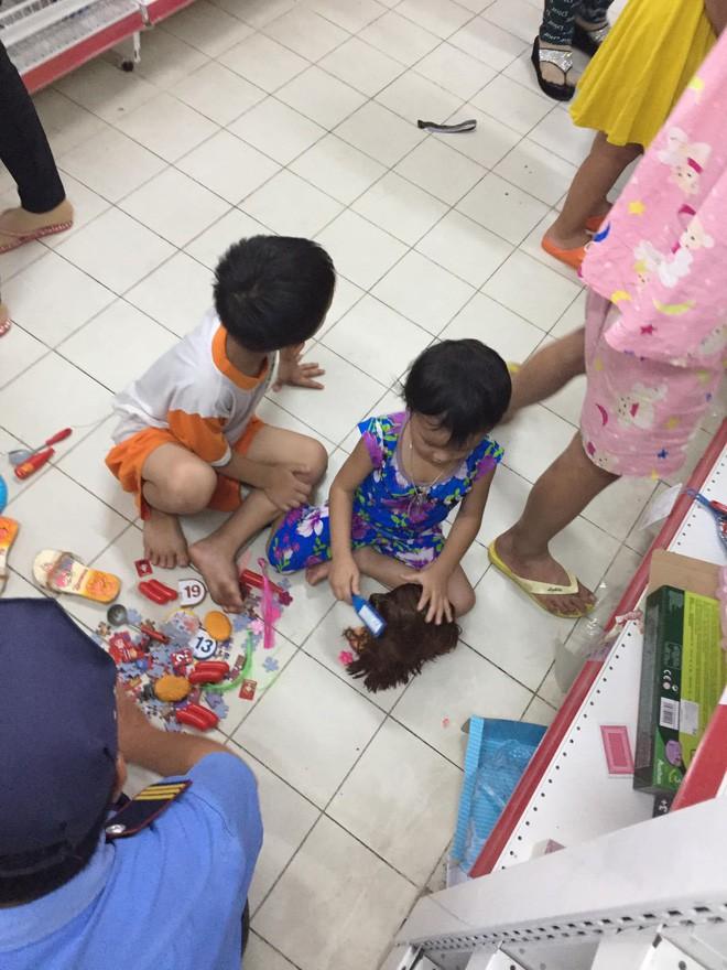 Sốc với cảnh tượng còn sót lại sau khi người dân săn đồ giảm 50% nhân dịp chuỗi siêu thị Auchan rời khỏi Việt Nam - ảnh 7
