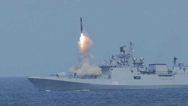Siêu tên lửa BrahMos: Việt Nam cần, Ấn Độ có - Bạn tốt trọn vẹn đôi đường? - ảnh 3