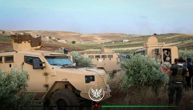 Phiến quân sập bẫy, mò trúng bãi mìn của QĐ Syria - Thương vong khủng khiếp trong chớp mắt - Ảnh 8.