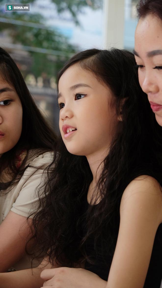 Câu hỏi bất ngờ của hoa hậu Hoàn vũ nhí Thế giới 2019: Nổi tiếng là gì hả mẹ? - ảnh 5