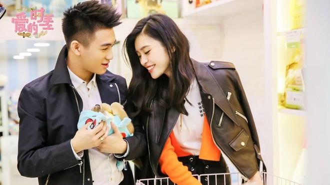 Đệ nhất thiếu gia Trung Quốc: Con trai vua sòng bạc, cầu hôn thiên thần nội y Victorias Secret - Ảnh 9.