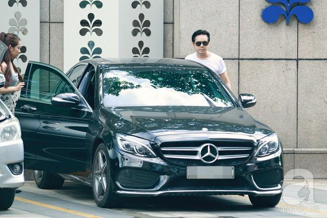 Hot: Dương Khắc Linh cùng vợ sắp cưới khoác vai, công khai ôm hôn tình tứ trước ngày lên xe hoa - ảnh 1