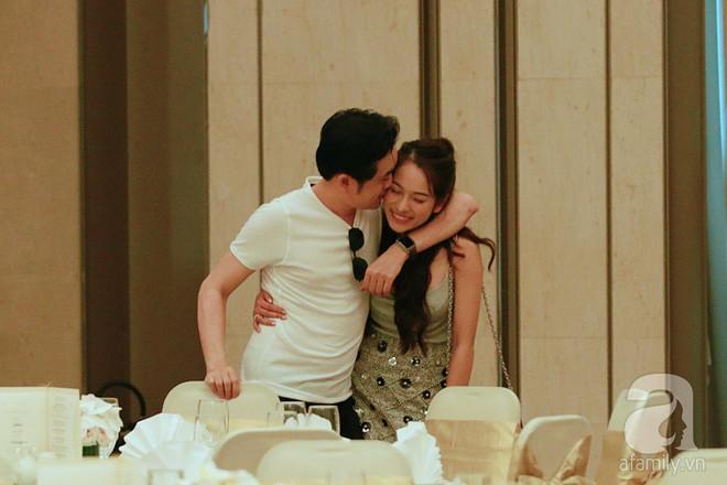 Hot: Dương Khắc Linh cùng vợ sắp cưới khoác vai, công khai ôm hôn tình tứ trước ngày lên xe hoa - ảnh 9
