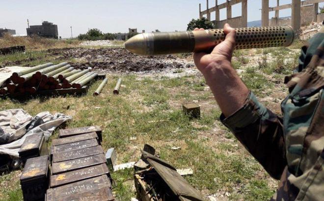 """Quân đội Syria tóm sống kho vũ khí khổng lồ của phiến quân: Toàn hàng """"khủng""""!"""