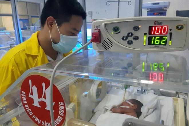 Bác sĩ viết tâm thư sau chuyện người mẹ ung thư quyết tâm sinh con - ảnh 1