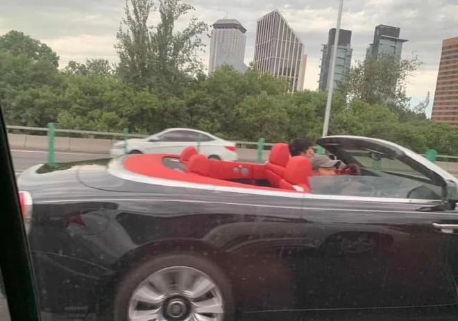 """Giả Nãi Lượng sau hơn 1 năm bị vợ """"cắm sừng"""": Đi siêu xe, vui vẻ tận hưởng cuộc sống tự - ảnh 2"""