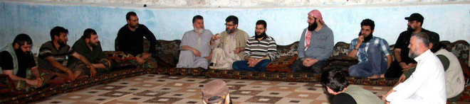 Lính QĐ Syria bóc trần sự khốc liệt chưa từng có - Phiến quân bị đẩy xuống bờ vực - Ảnh 15.