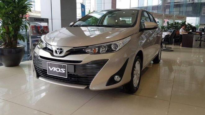 Đại lý tiếp tục xuống giá sập sàn Toyota Vios 2019 - Ảnh 1.