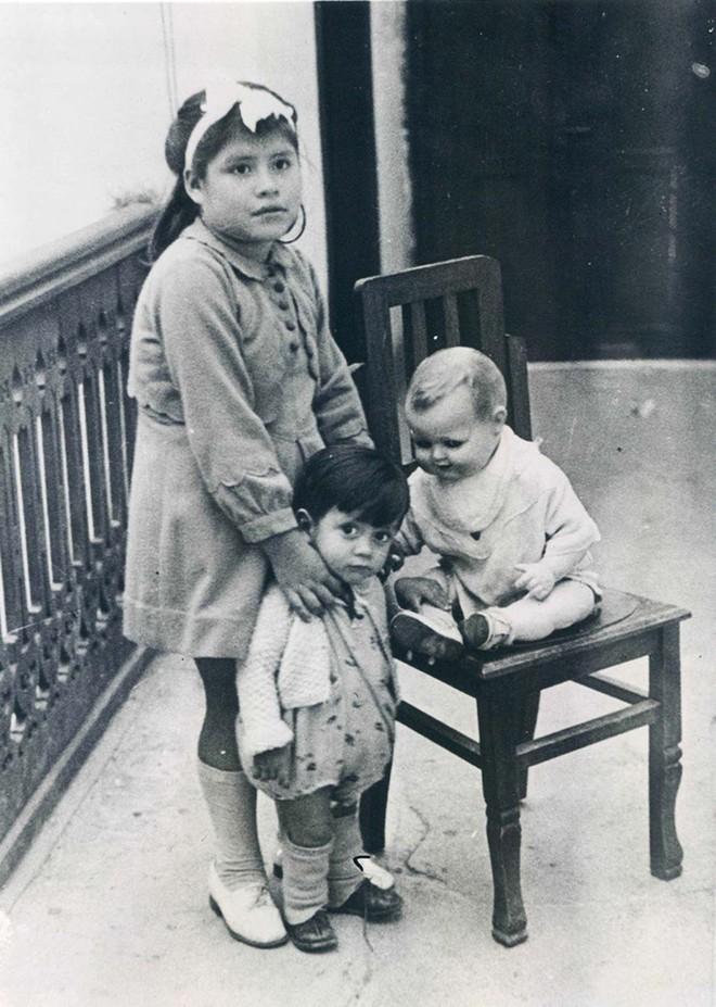 Bé gái 5 tuổi dậy thì sớm và trở thành người mẹ trẻ nhất lịch sử y học khi hạ sinh thành công một cậu bé trai khiến cả thế giới sửng sốt - Ảnh 2.