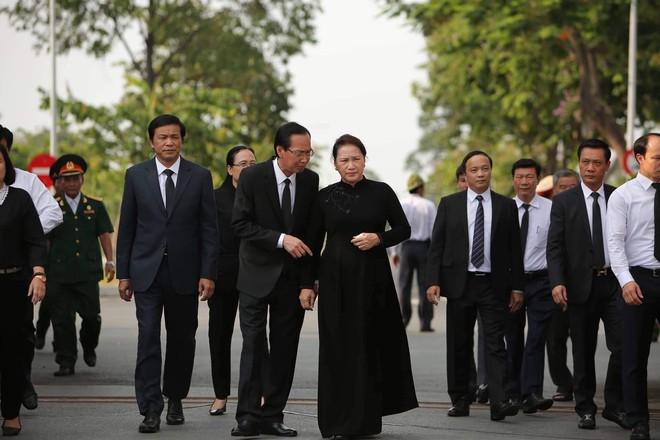 Lễ an táng cố Chủ tịch nước Lê Đức Anh ở TP Hồ Chí Minh - Ảnh 4.