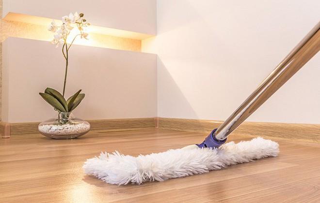 Cải thiện chất lượng không khí trong nhà nhờ những mẹo dọn dẹp nhà cửa dưới đây - Ảnh 1.