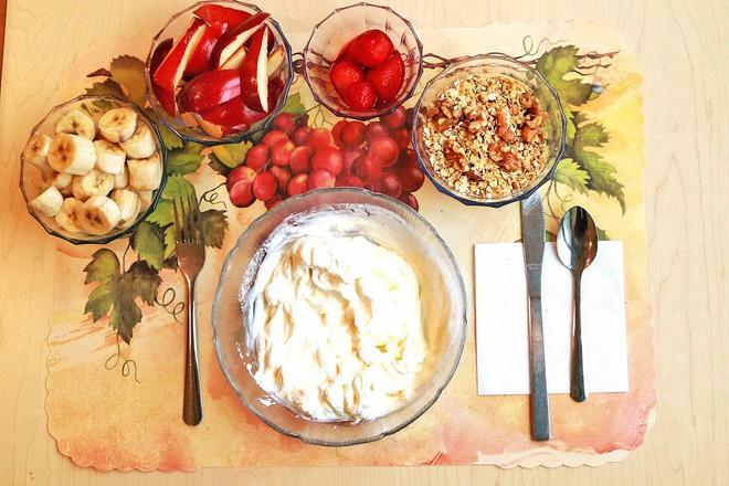 Vừa tiện lợi vừa rẻ, nhưng đây là kẻ thù gây tăng cân: Nhiều người vẫn ăn thường xuyên - Ảnh 4.