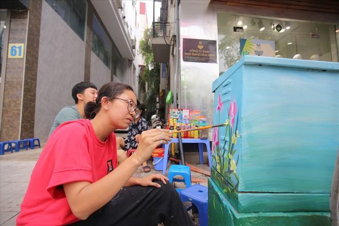 Hàng loạt bốt điện ở Hà Nội nở hoa - Ảnh 11.