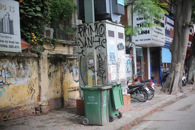 Hàng loạt bốt điện ở Hà Nội nở hoa - Ảnh 14.