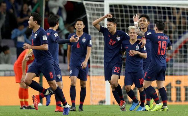 """Sợ thua Việt Nam, Thái Lan gọi thêm """"nhân tố X"""" trước thềm đại chiến ở King's Cup"""