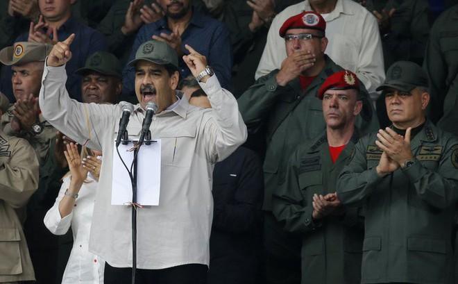 """AP: Mỹ đã bị tình báo Cuba """"chơi một vố rất đau"""" trong vụ đảo chính ở Venezuela!"""