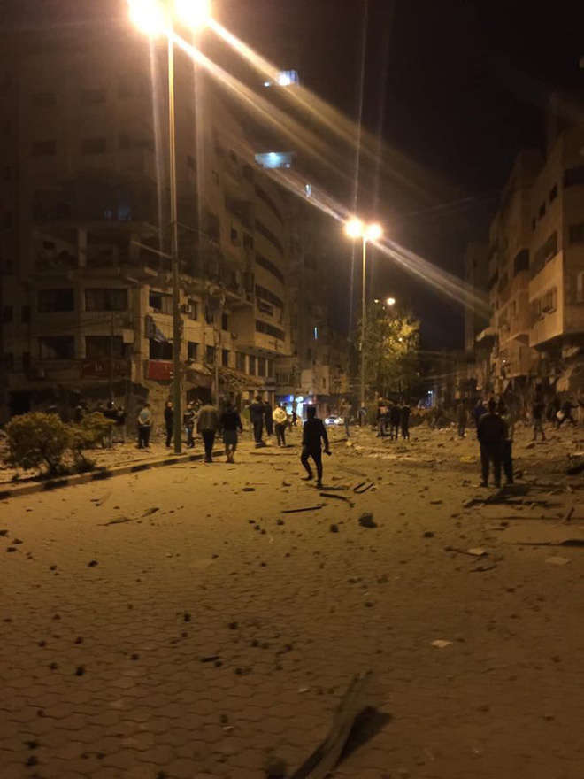 Israel bị tấn công khủng khiếp - Trận mưa rocket chưa từng có, thương vong rất lớn - Ảnh 9.