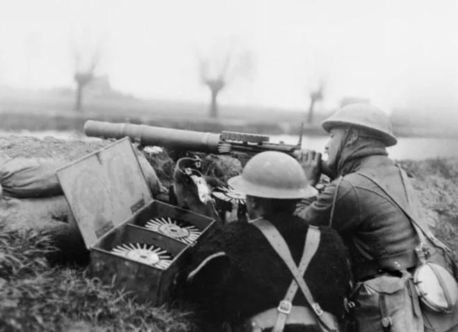 Ảnh hiếm lột tả chân thực những trận chiến khốc liệt trong Thế chiến I - ảnh 19