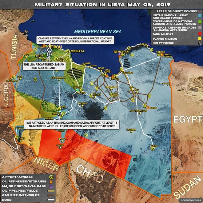 Cả Nga và Tướng Haftar ở Libya đều không vừa: Dao găm thủ sẵn sau cái bắt tay? - Ảnh 3.