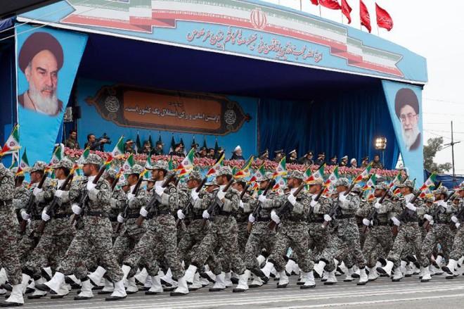 Đối đầu Mỹ - Iran: Cuộc chiến tranh tổng lực còn khủng khiếp hơn cả chiến tranh vùng Vịnh! - Ảnh 3.