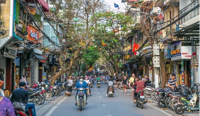 Nhận dao hai lưỡi từ TQ, Việt Nam cần làm gì để không trở thành bãi rác công nghệ của láng giềng? - Ảnh 8.