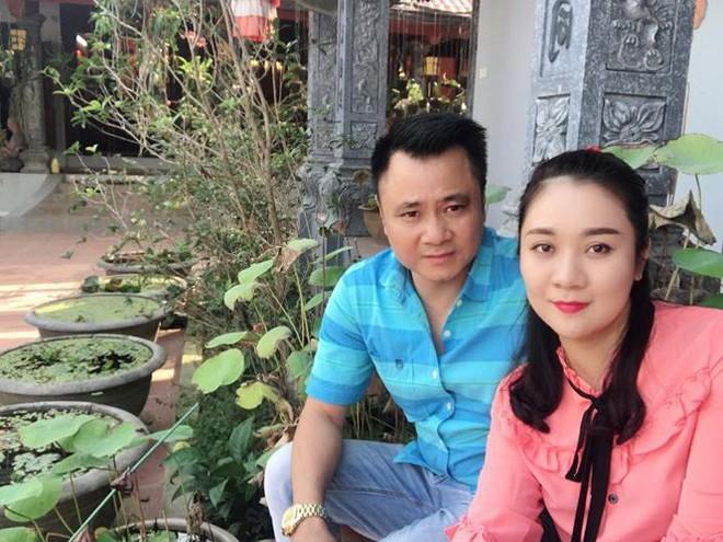 Hành trình 4 năm hôn nhân hạnh phúc của NSND Tự Long và người vợ tài sắc - Ảnh 9.