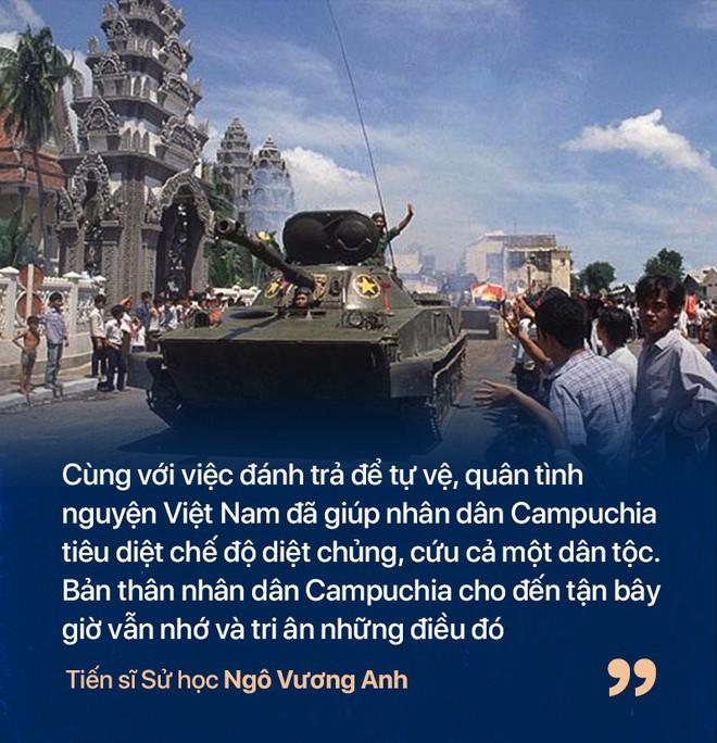 Chiến tranh biên giới Tây Nam: Khmer Đỏ thì lùa dân vào rừng bỏ đói, bộ đội Việt Nam giải cứu dân rồi cho ăn uống - Ảnh 6.