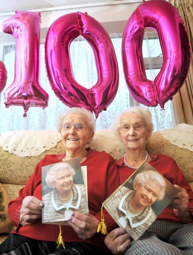 Cặp song sinh 100 tuổi: Tất cả bí quyết sống thọ chỉ là làm tốt 3 việc đơn giản hàng ngày - ảnh 7